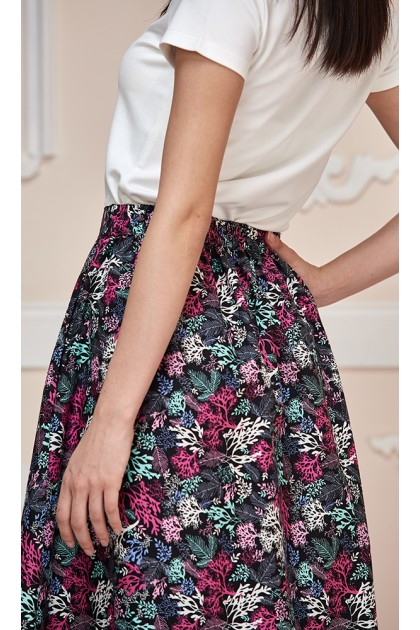 Corals Maxi Skirt in Black and Pink