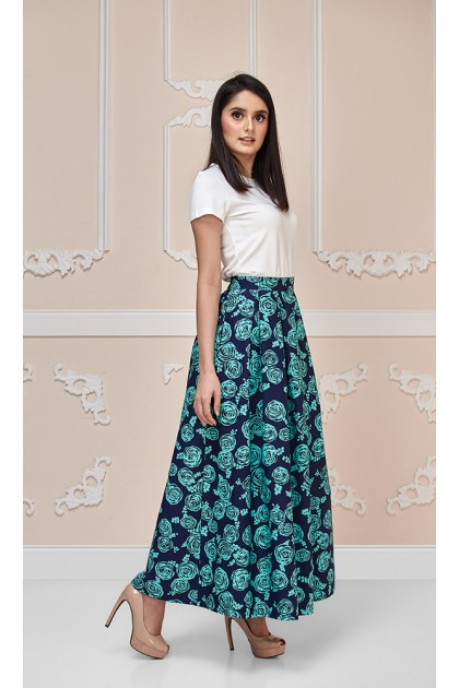 Round the Rosie Maxi Skirt in Turquoise and Blue Black/Deep Blue
